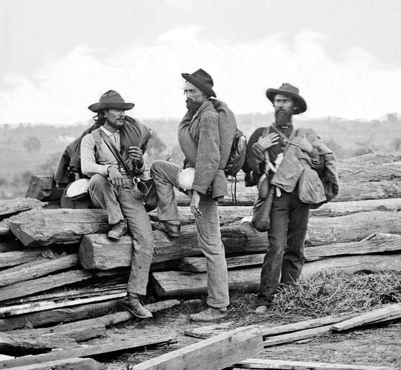 three confederaet prisoners